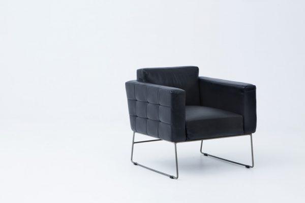 Buffalo armchair - FRAG4137